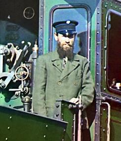 Машинист паровоза, депо в Перми (1909 год)