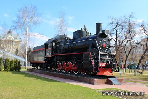 Паровоз Эр 762-91 у вокзала Воронеж-1 (2017 год)